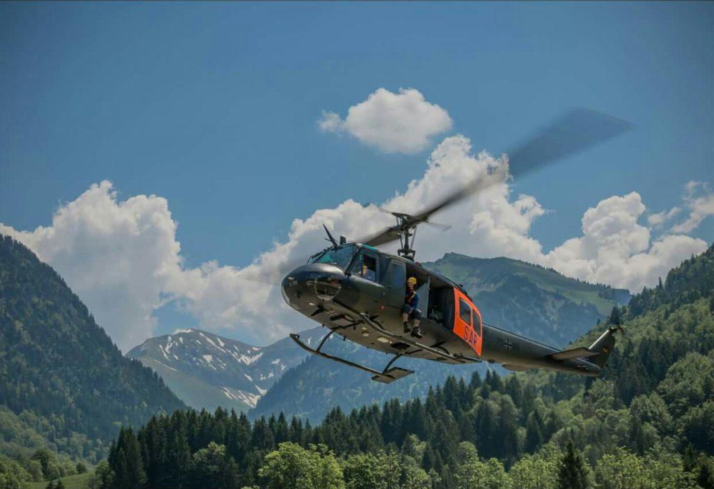 Huey SAR Bell UH-1